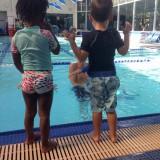 bebe nageur decoration en mousse